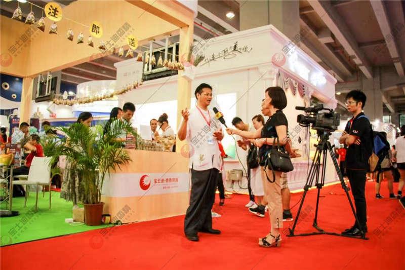 李中博先生接受采访